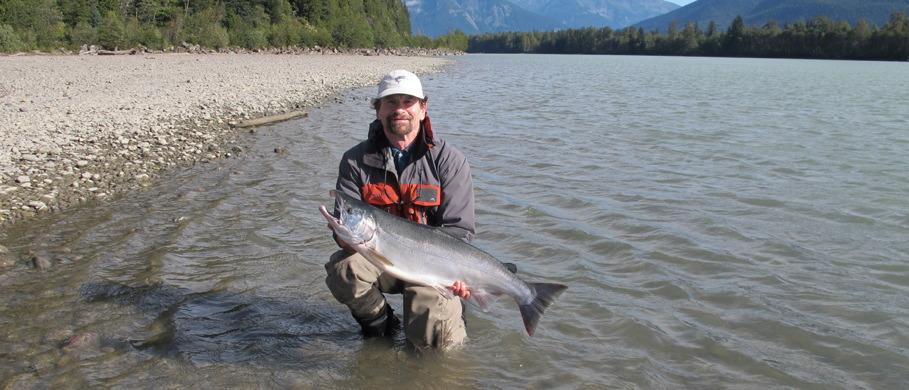 Pazifiklachs, Steelhead & King-Salmon Fliegen erhältlich im großen Sortiment bei Flyfishing Europe
