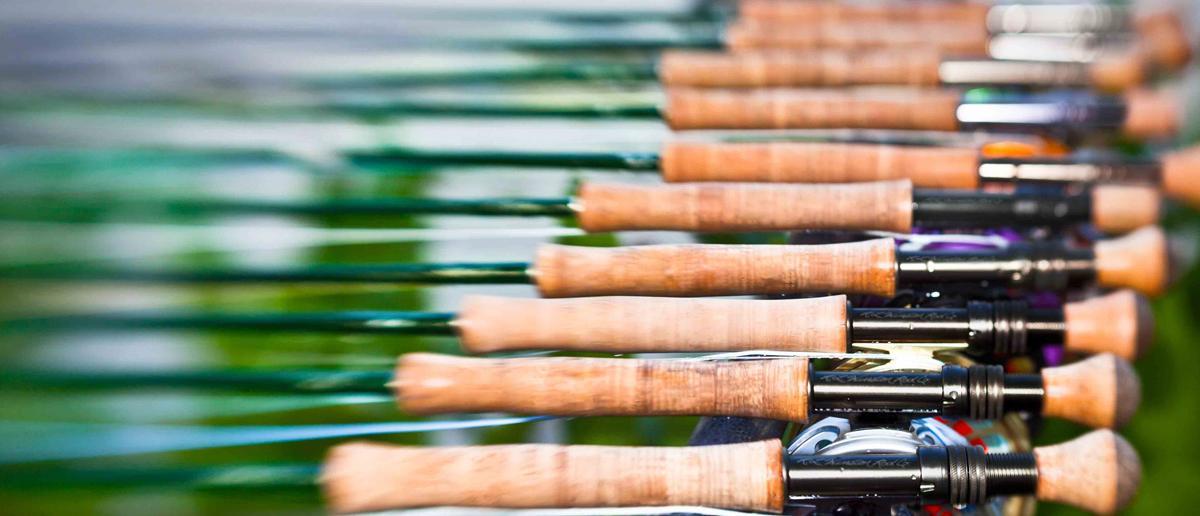 Eine schöne Auswahl an Winston Fliegenruten, bereit zum Fliegenfischen. Erhältlich bei Flyfishing Europe.