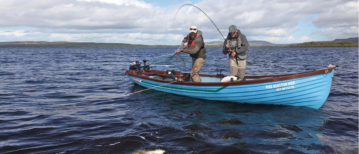 Gerade beim Fischen auf Hecht ist oftmals ein sinkendes Fliegenvorfach unerlässlich.