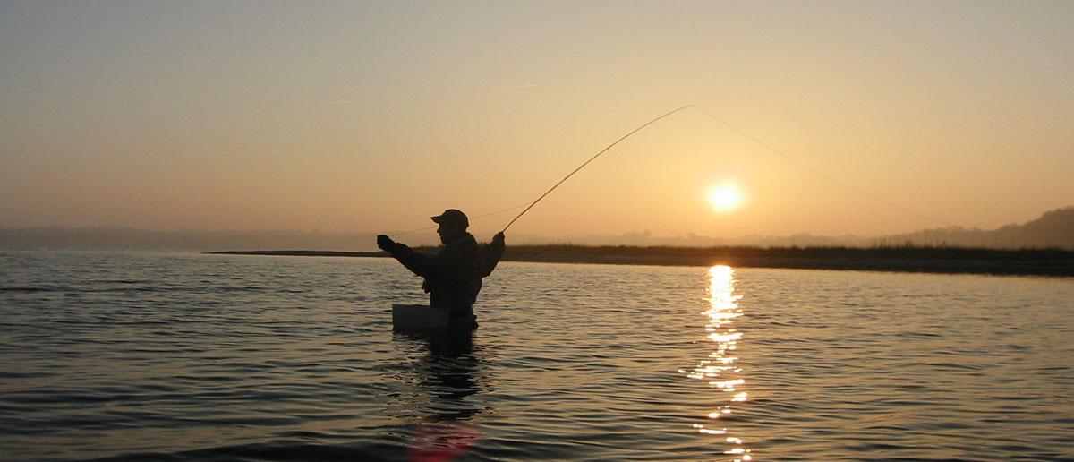 Mit der Fliegenrute und einem Schusskopf auf Meerforelle - sicher einer der häufigsten Einsatzbereiche für einen Schusskopf.