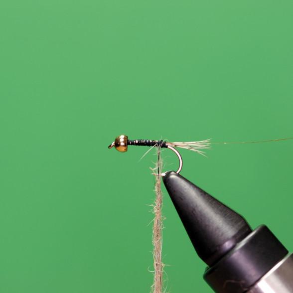 Fliegenbindekurs für Fliegenfischer Grundtechniken Fliegenbinden lernen