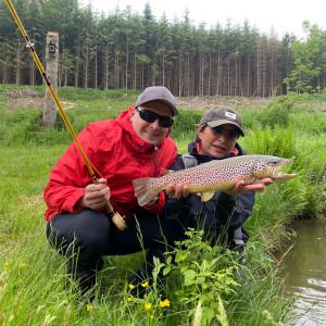 Einsteigerkurs Fliegenfischen Mirjana Pavlic Fliegenfischen lernen